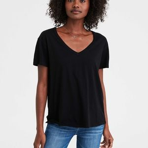 American eagle ; soft and sexy black v neck shirt